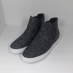 Women's size 6 Vince pewter newlyn Wool Sneaker